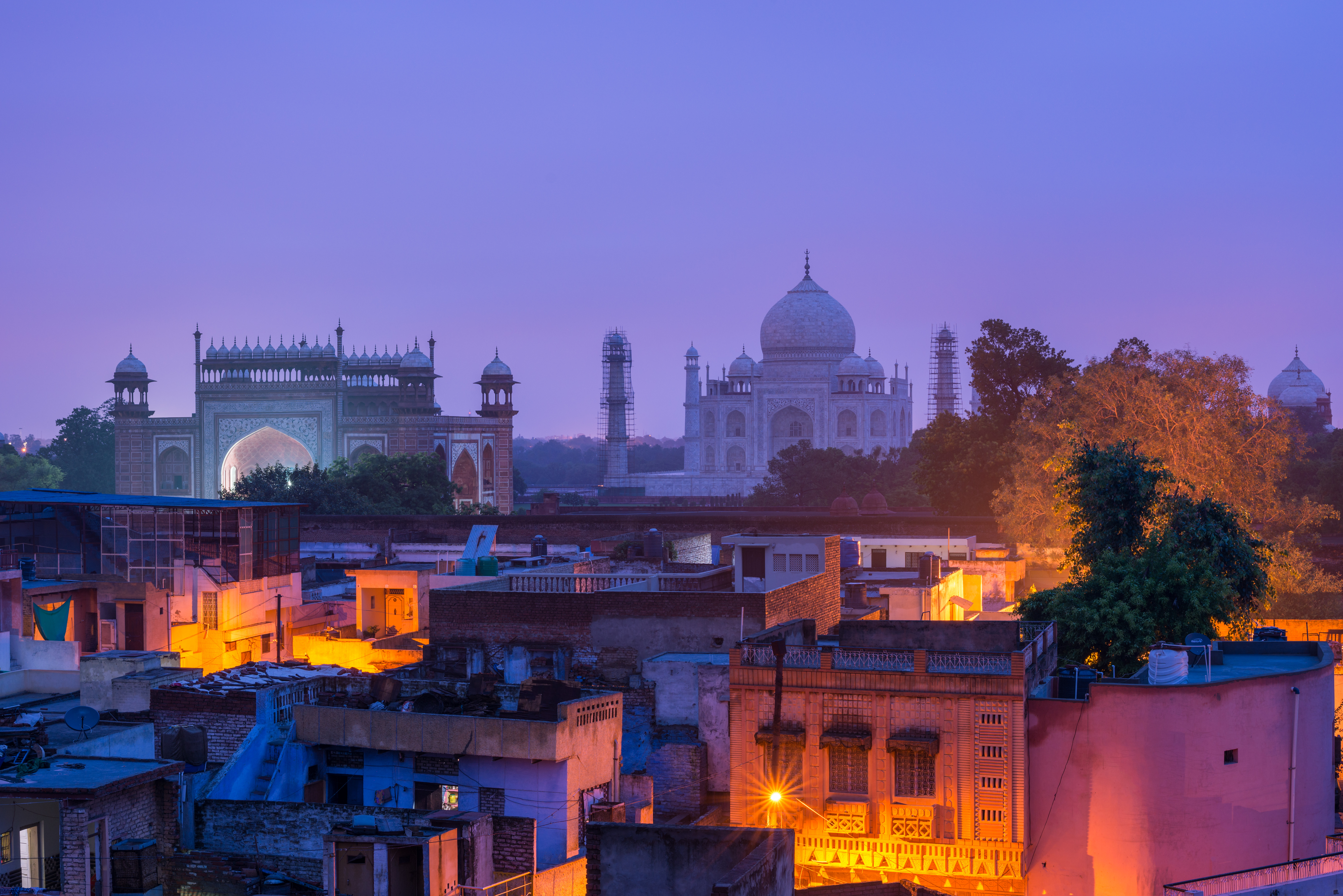 The morning light is ready to come to Agra town and the landmark TajMahal