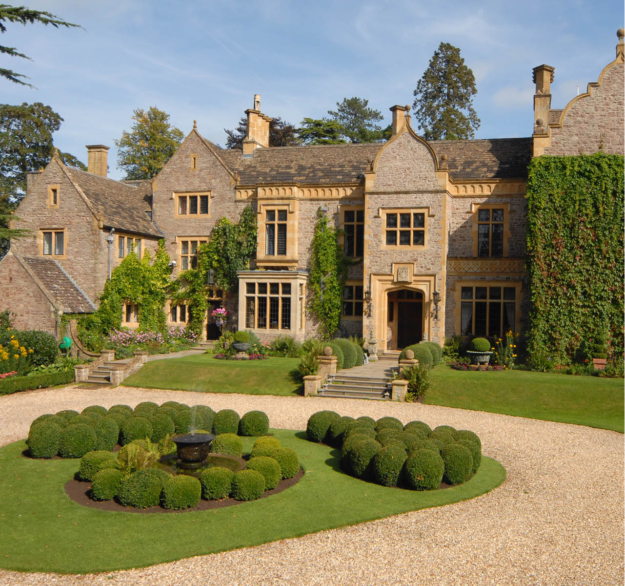 Savills Bespoke: Shirenewton Hall
