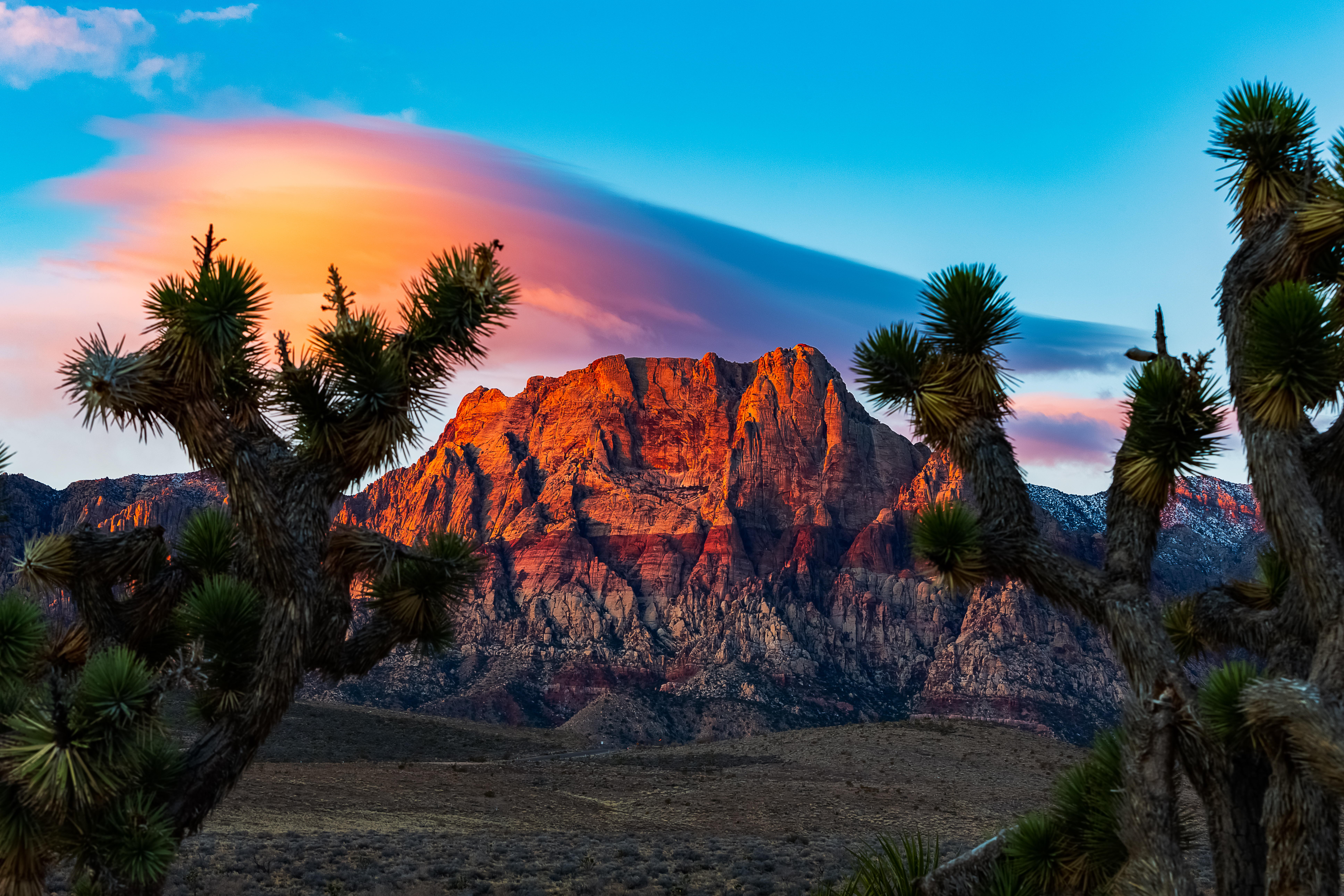 Red Rock Canyon sunrise with lenticular cloud.