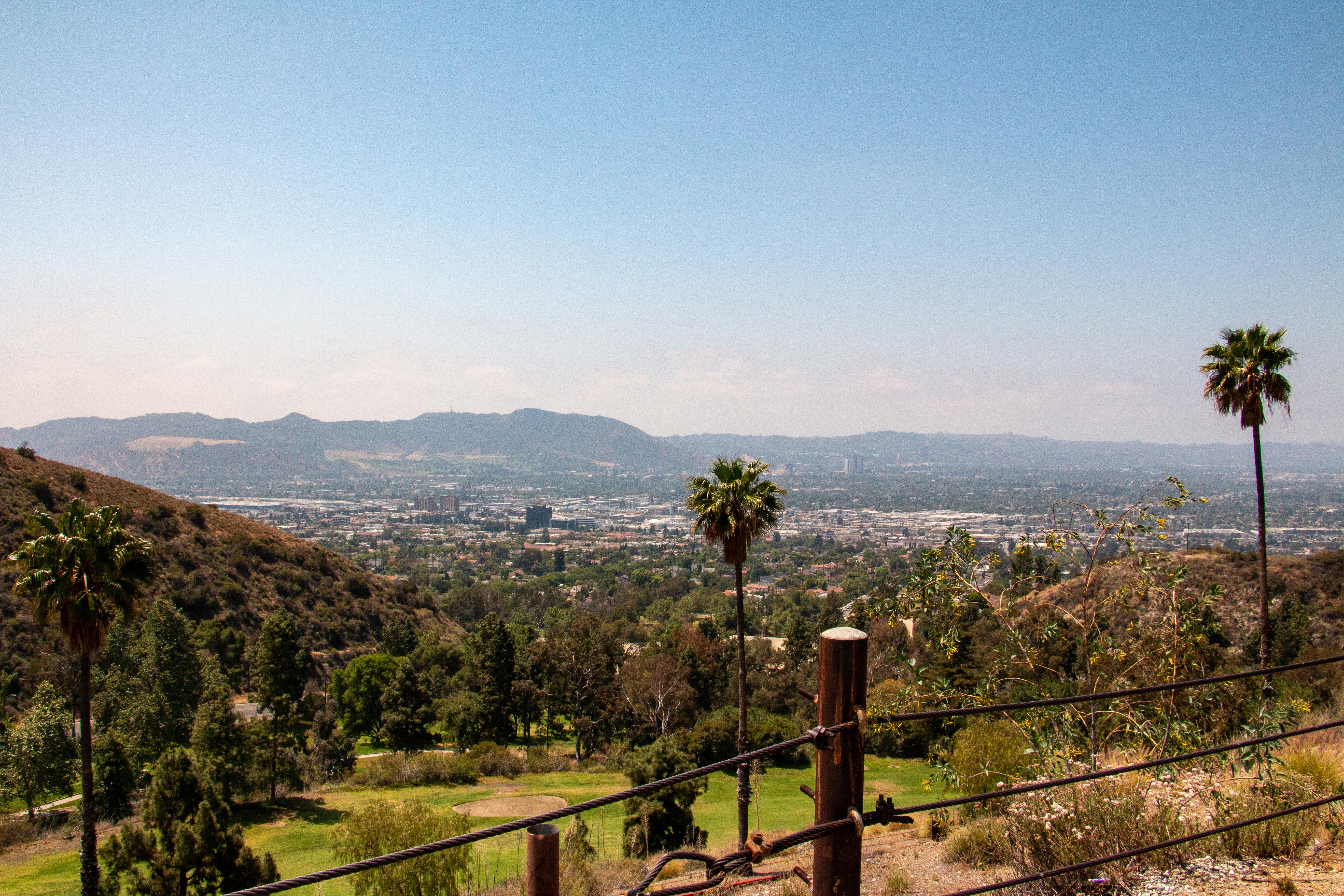 Outline of Los Angeles neighborhoods spotlights Burbank district.