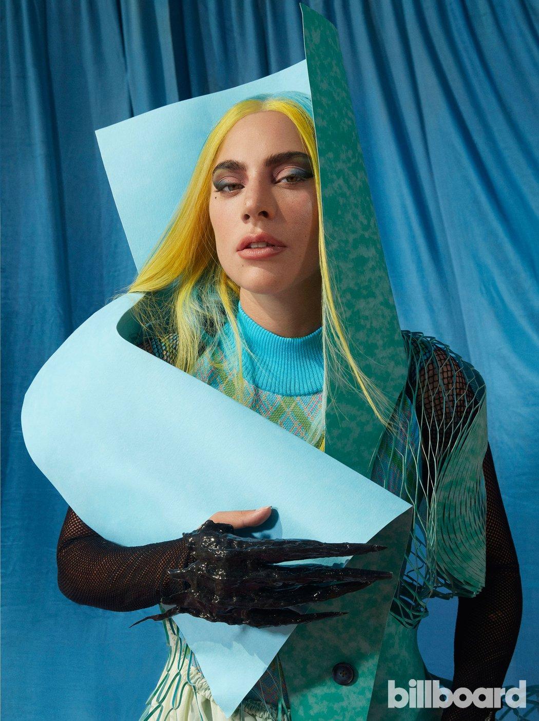 Lady Gaga - Σελίδα 47 Bb-ladygaga-1-ceros-1750