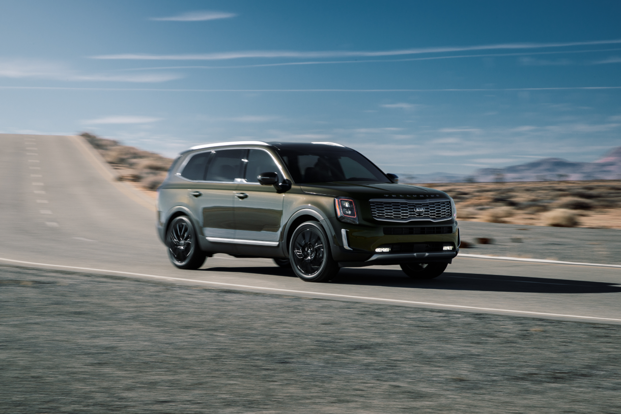 2021 Kia Telluride Review A Big Family Suv That Doesn T Cost Big Bucks Fatherly