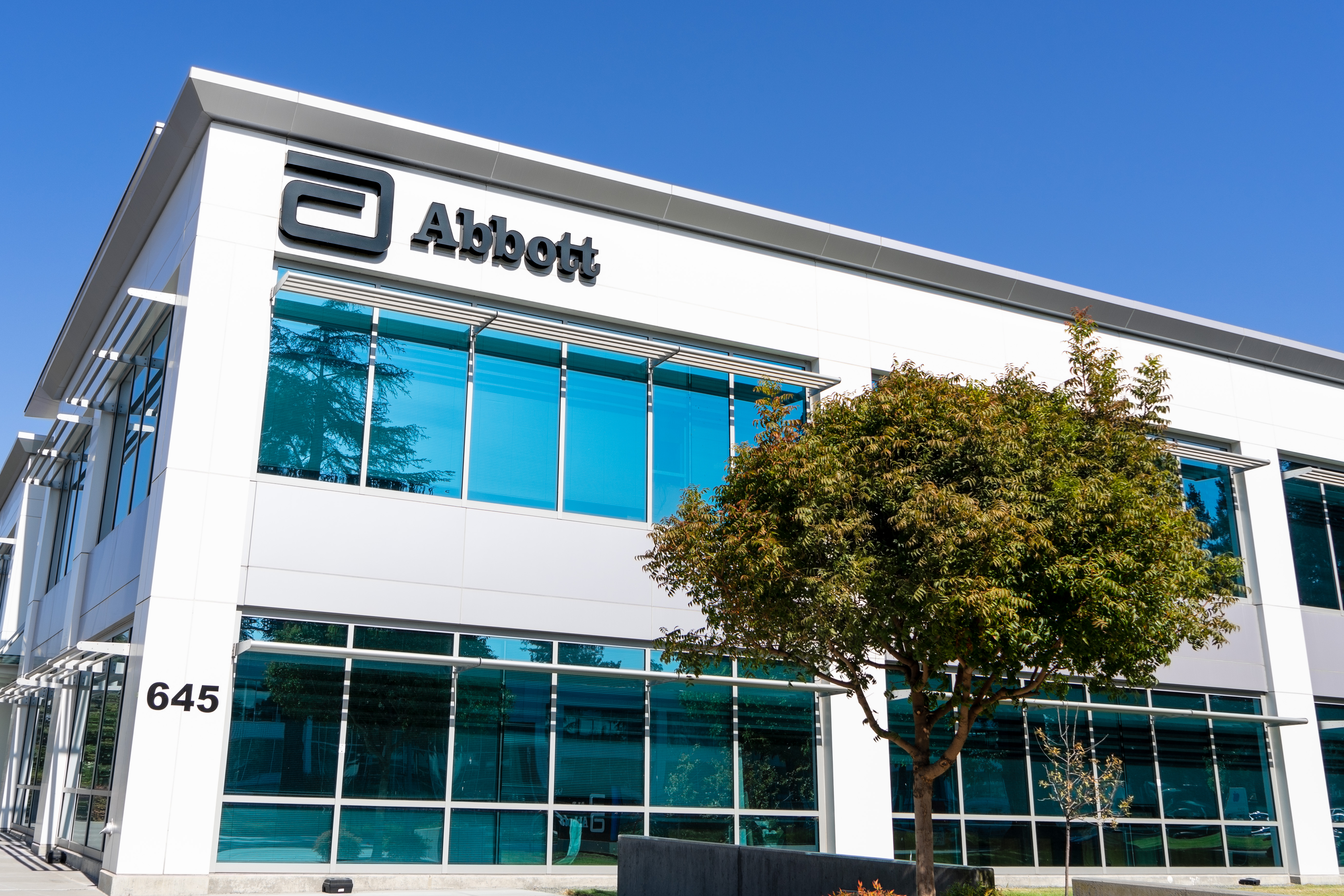 Oct 15, 2019 Sunnyvale / CA / USA - Abbott Laboratories headquarters in Silicon Valley; Abbott Laboratories is an American medical devices and health care company