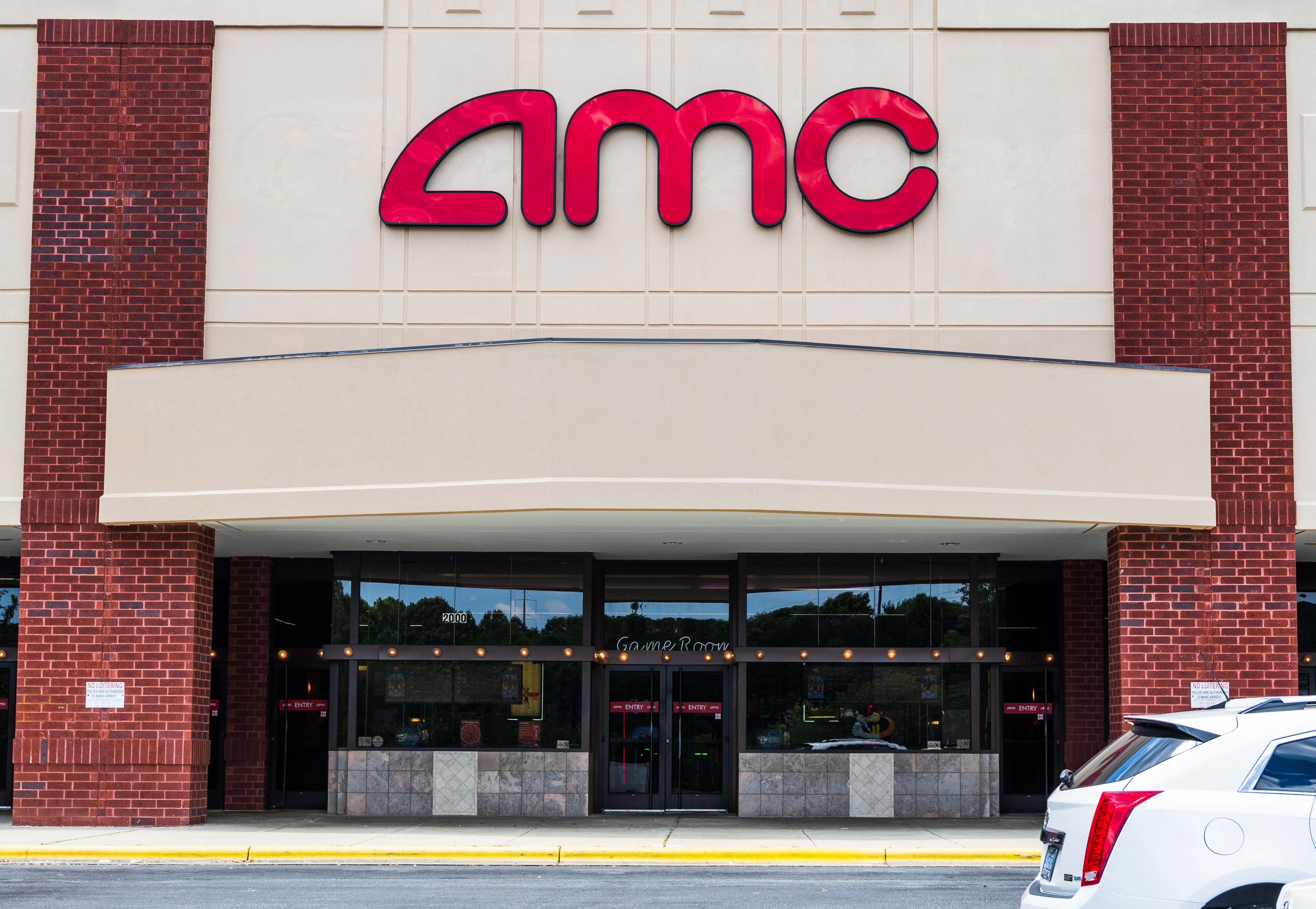 Hickory, NC, USA-6 JUNE 18: Front exterior of AMC movie theaters.