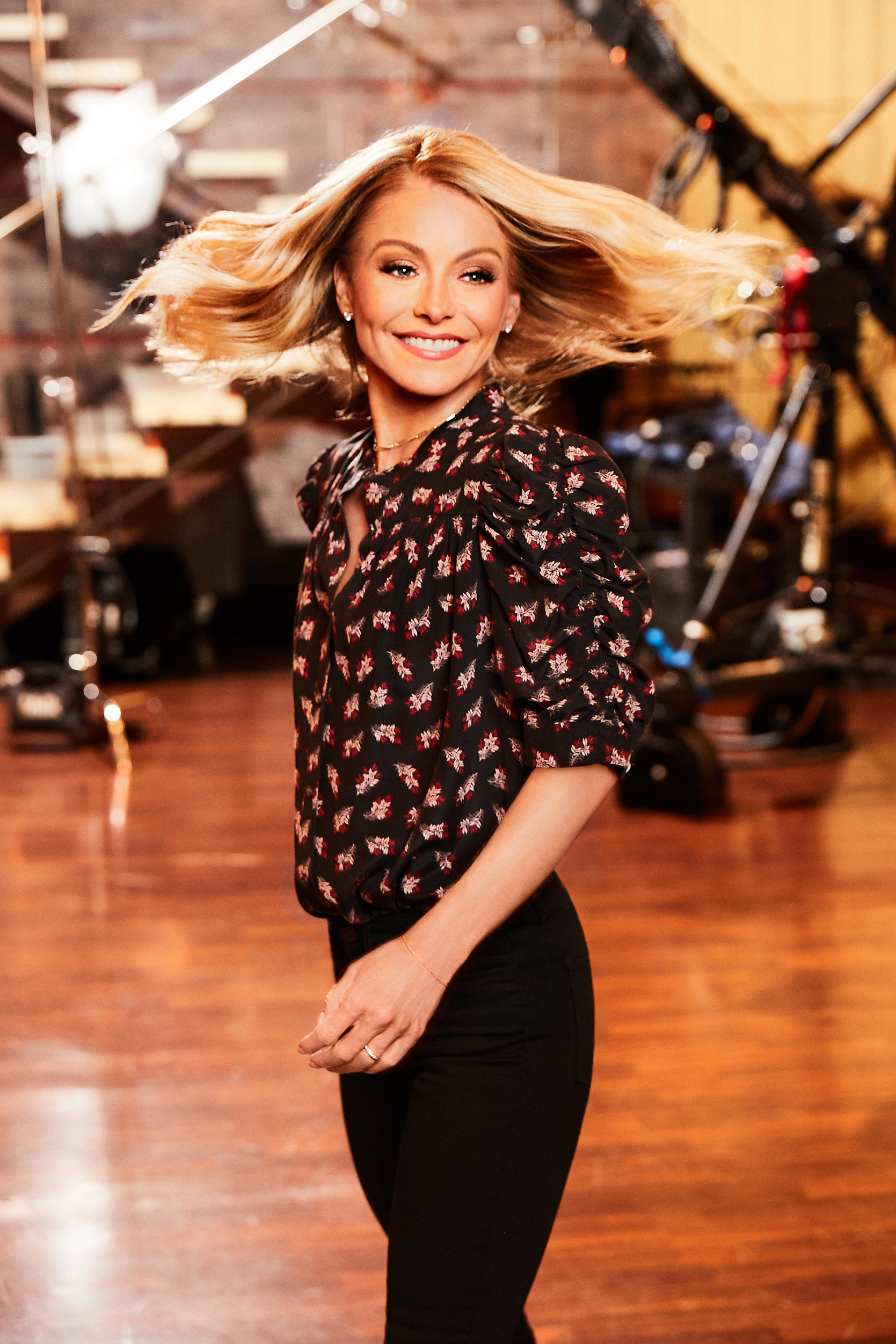 Kelly Ripa, SheKnows Cover, Live With Kelly and Ryan